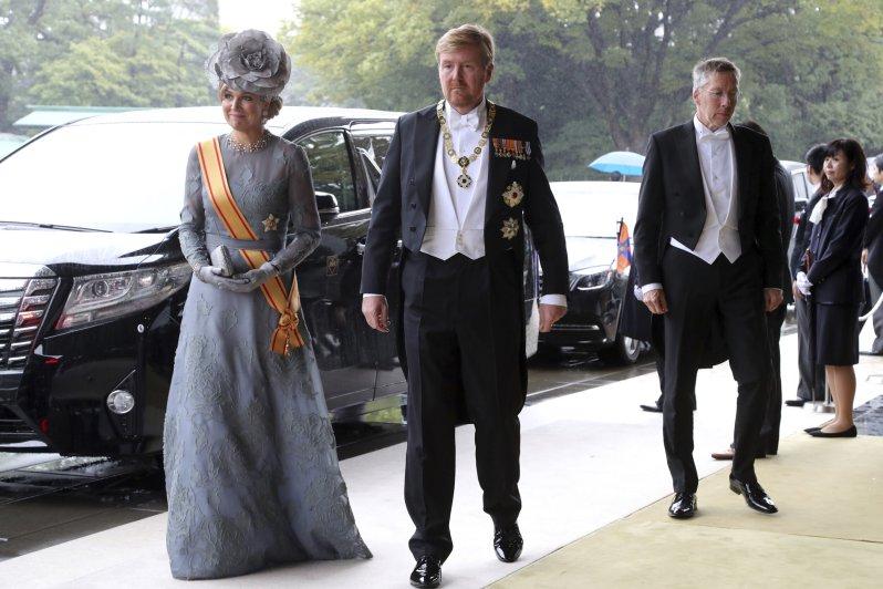 Neben vielen anderen Royals des Hochadels kamen auch Königin Maxima und König Willem-Alexander extra nach Japan um der Inthronisierung von Kaiser Naruhito beizuwohnen.  © picture alliance / AP Photo