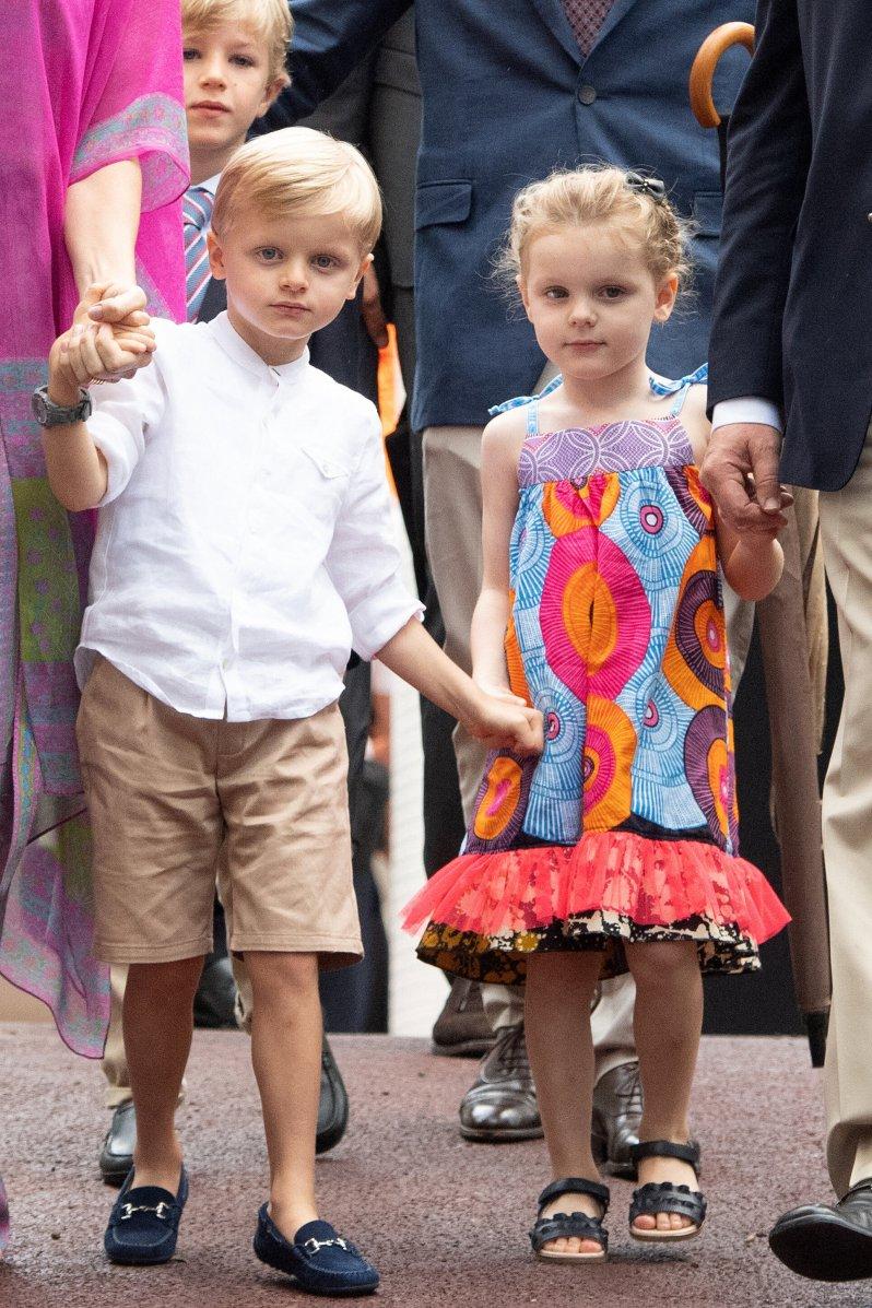 Prinz Jacques und Prinzessin Gabriella sind der Stolz Monacos. Neue Fotos von den Zwillingen sorgen immer wieder für Begeisterung.  © picture alliance / abaca