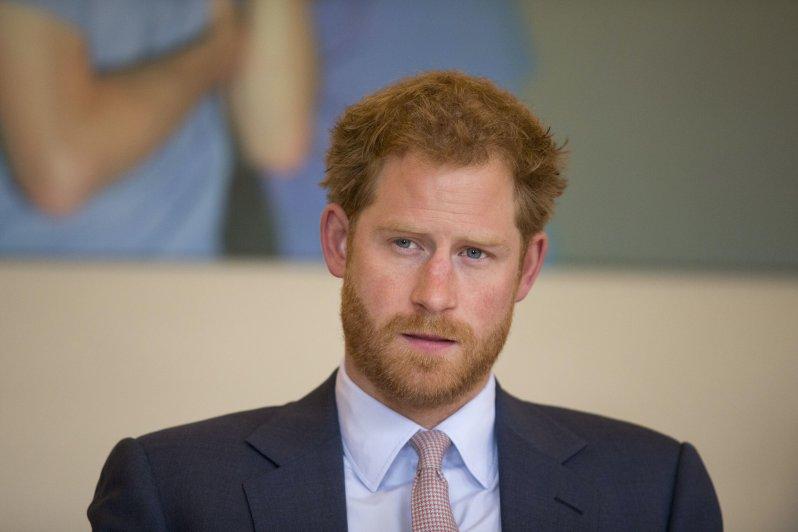 """Prinz Harry verspricht, dass er sich nicht vollkommen aus der Öffentlichkeit zurückziehen wird: """"Wir gehen nicht weg.""""  © picture alliance / AP Photo"""