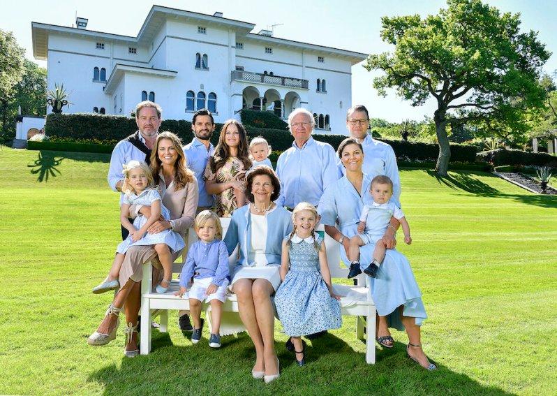 Die Royals passen sich an: Nachdem sich einige Steuerzahler beschwert hatten, dass die Königsfamilie zu teuer geworden sei, entschied König Carl Gustaf, dass die Familien von Prinz Carl Philip und Prinzessin Madeleine kein Teil des Königshauses mehr sein sollen.  © Jonas Ekströmer, Kungahuset.se