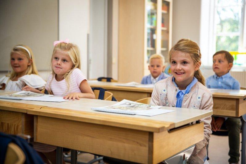 Prinzessin Estelle darf ihre Schule erst mal nicht betreten. Grund ist der Coronavirus.  © Raphael Stecksén, Kungahuset.se