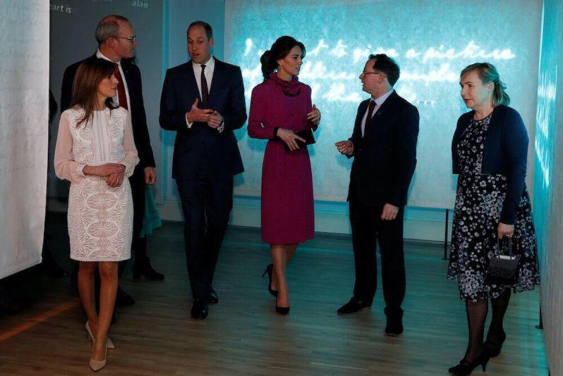 Zu Ehren von Herzogin Kate und Prinz William lud Außenminister Simon Coveney zu einem Empfang ein. © picture alliance / AP Photo