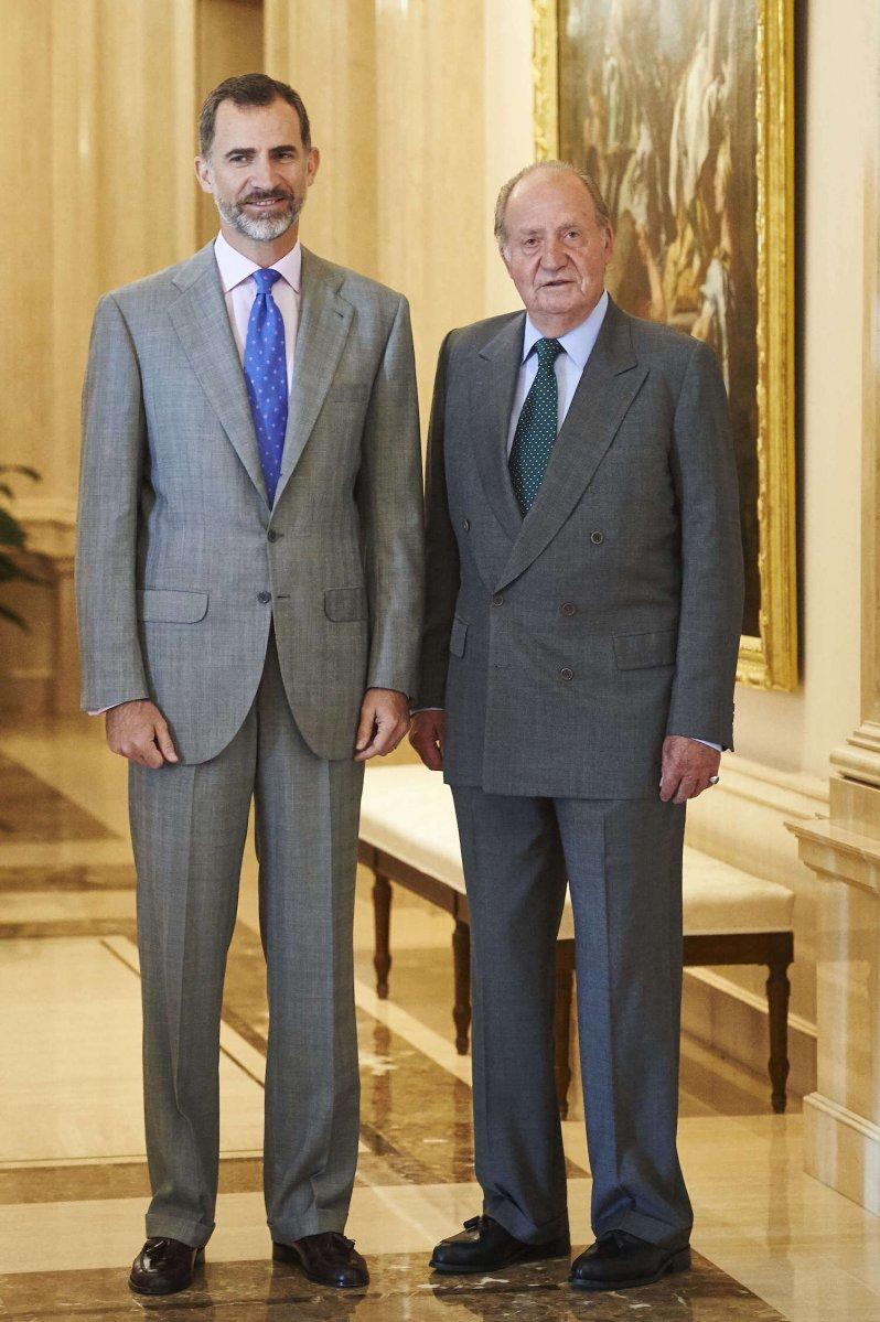 König Felipe wendet sich gegen seinen Vater Juan Carlos. Es bleibt ihm aber auch nichts anderes übrig, um weiteren Schaden von der Monarchie abzuwenden. © picture alliance / ZUMA Press