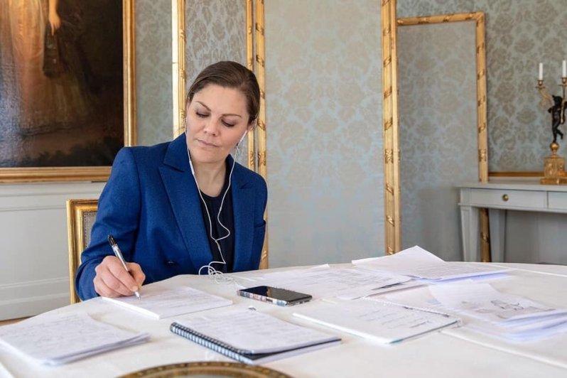 Kronprinzessin Victoria bei der Arbeit: Während der Coronakrise leistet sie wertvolle Arbeit.  © Victor Ericsson/Kungl. Hovstaterna