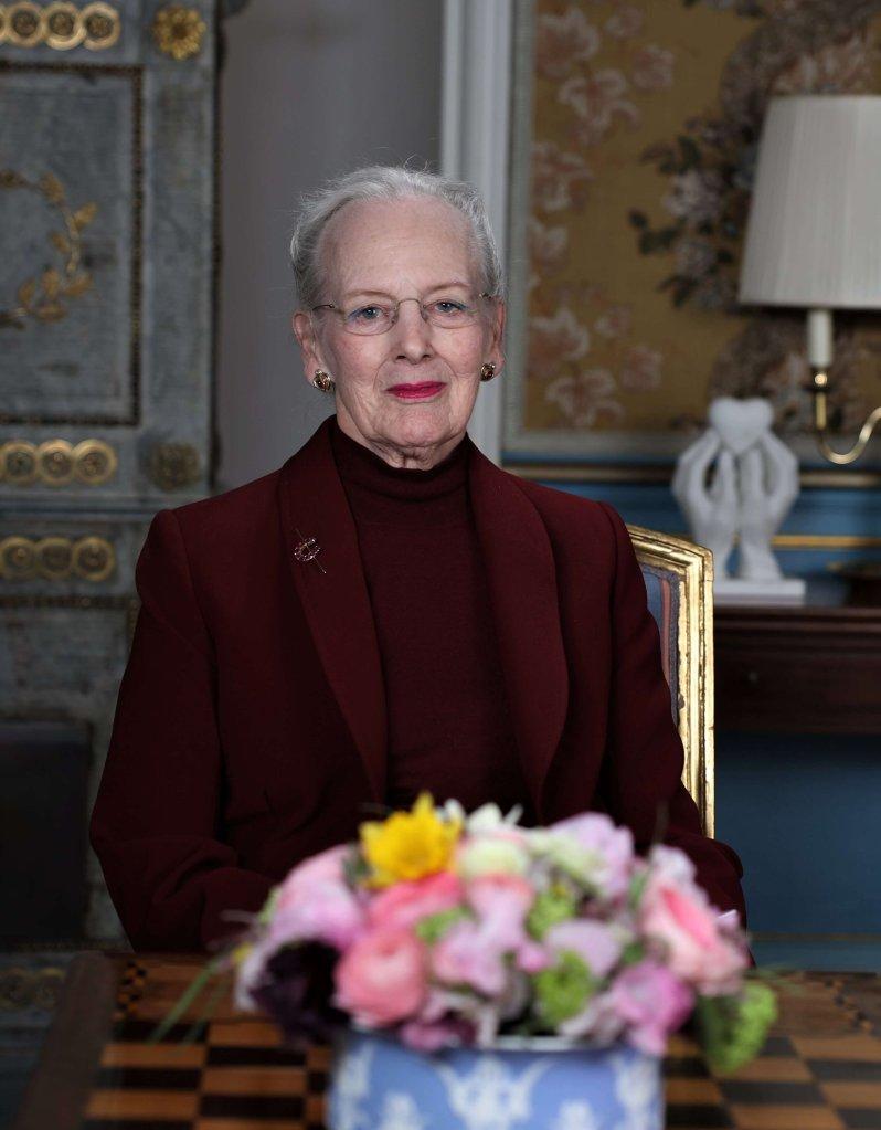 """Königin Margrethe feiert am 16. April ihren 80. Geburtstag. Nun bekam die Dänin ein verfrühtes Geburtstagsgeschenk. Sie wurde noch einmal """"Oma"""".  © Kim Refslund, DR"""