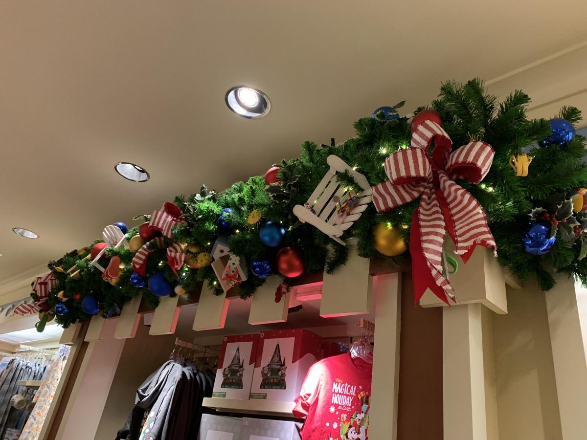 Beach Club Christmas Decorations