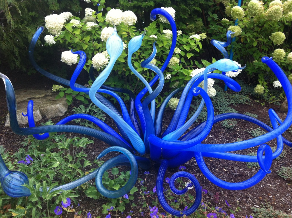 Youtube, youtube, teks, logo png 947x598px 54.67kb; Chihuly Gardens And Glass Lori Weitzner Assemblage