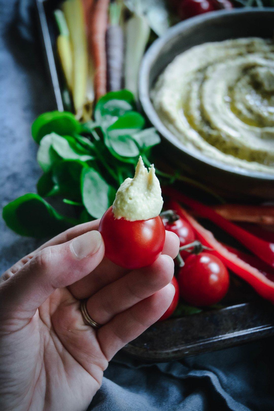 hummus on tomato