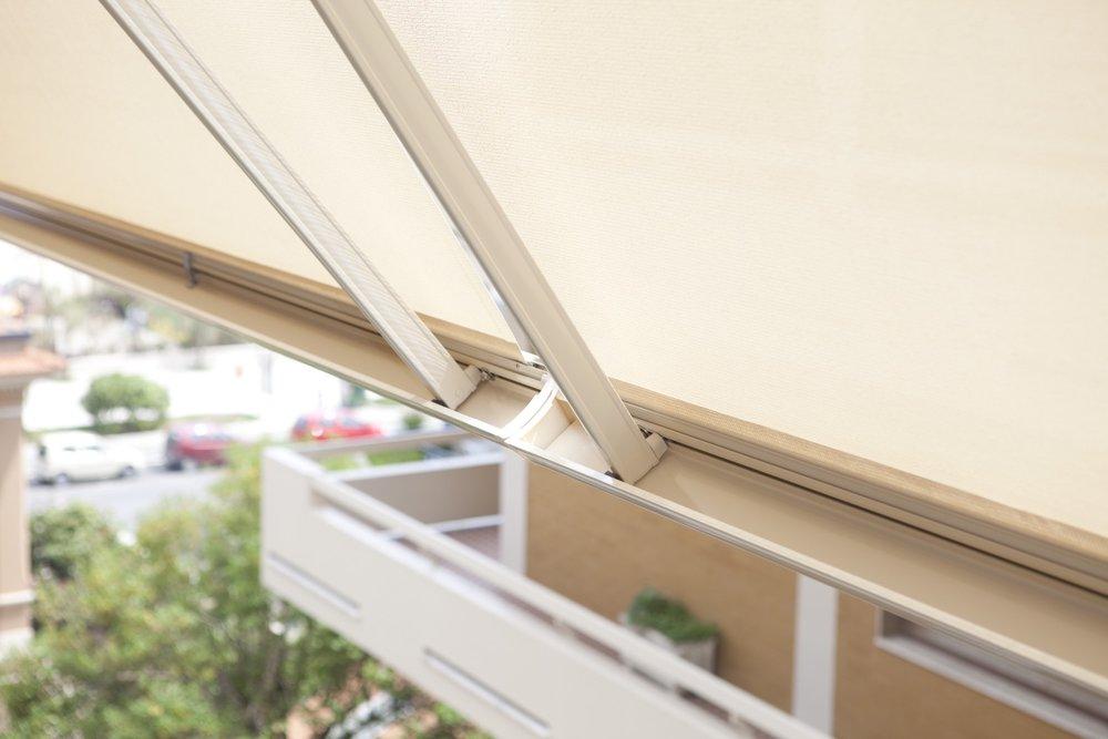 Per ogni soluzione, si utilizzano teloni termici in vari colori, soprattutto in cristal trasparente. 5 Cose Da Sapere Prima Di Comprare Una Tenda Da Sole Fabbi