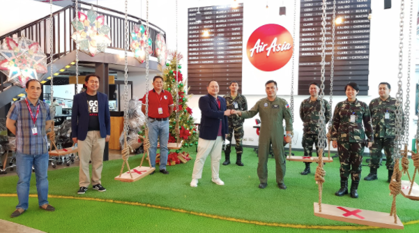 From left to right AirAsia Chief Pilot for Technical and Development Capt. Ninoy Villanueva, AirAsia CFO Ray Berja, AirAsia Director of Flight Operations Captain Gomer Monreal, AirAsia CEO Ricky Isla, Commanding Officer, 1st ARCen, LTC Hermilino G. Calubiran Jr. (GSC), Chief, Community Relations Branch, AFPAO Captain Bernanit G. Soriano PAF, Director for Reservist Organization and Development OA9 Captain Rommel O. Quitiong PAF, Director for Plans and Programs, OA9 Captain Basaron Reysa I. Kamlon PAF andTerritorial Defense Security Stability OA3 Chief Captain Jeremias B. Malondon PAF