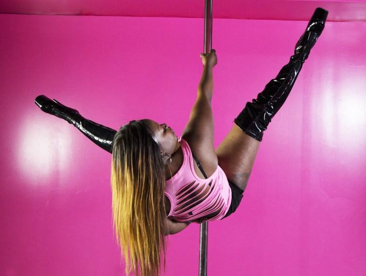 Chicago Pole Dance | Classes | Bombshell Movement Studio