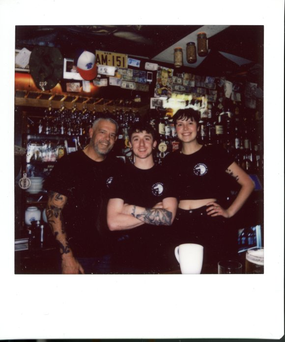 The friendly folks behind the bar at The Swagman. Really liked that place. I got their veggies+rice dish twice. Ok, it might not be all that Irish of a meal, but it sure hit the spot.