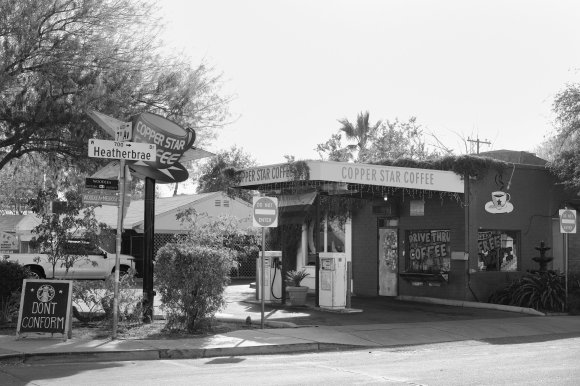 Copper Star Coffee, Phoenix, 2020. This is the full size JPG. I think it's around 14MB. Slow as molasses.