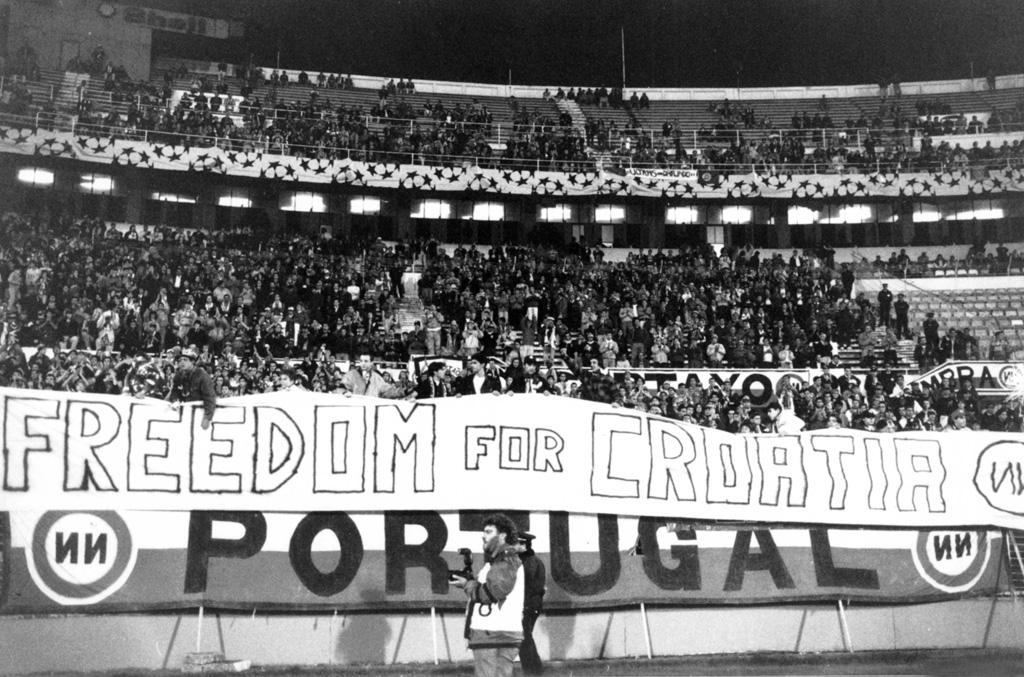 Freedom for Croatia banner raised in Benfica's Estadio da Luz, 1991.
