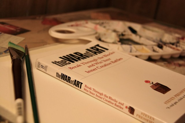 la guerra del arte - La guerra del arte es el libro Best-seller de Steven Pressfield en el que, de una forma directa y sincera, confronta al lector (y a sí mismo) sobre las excusas y trampas que creamos para, precisamente, no crear.