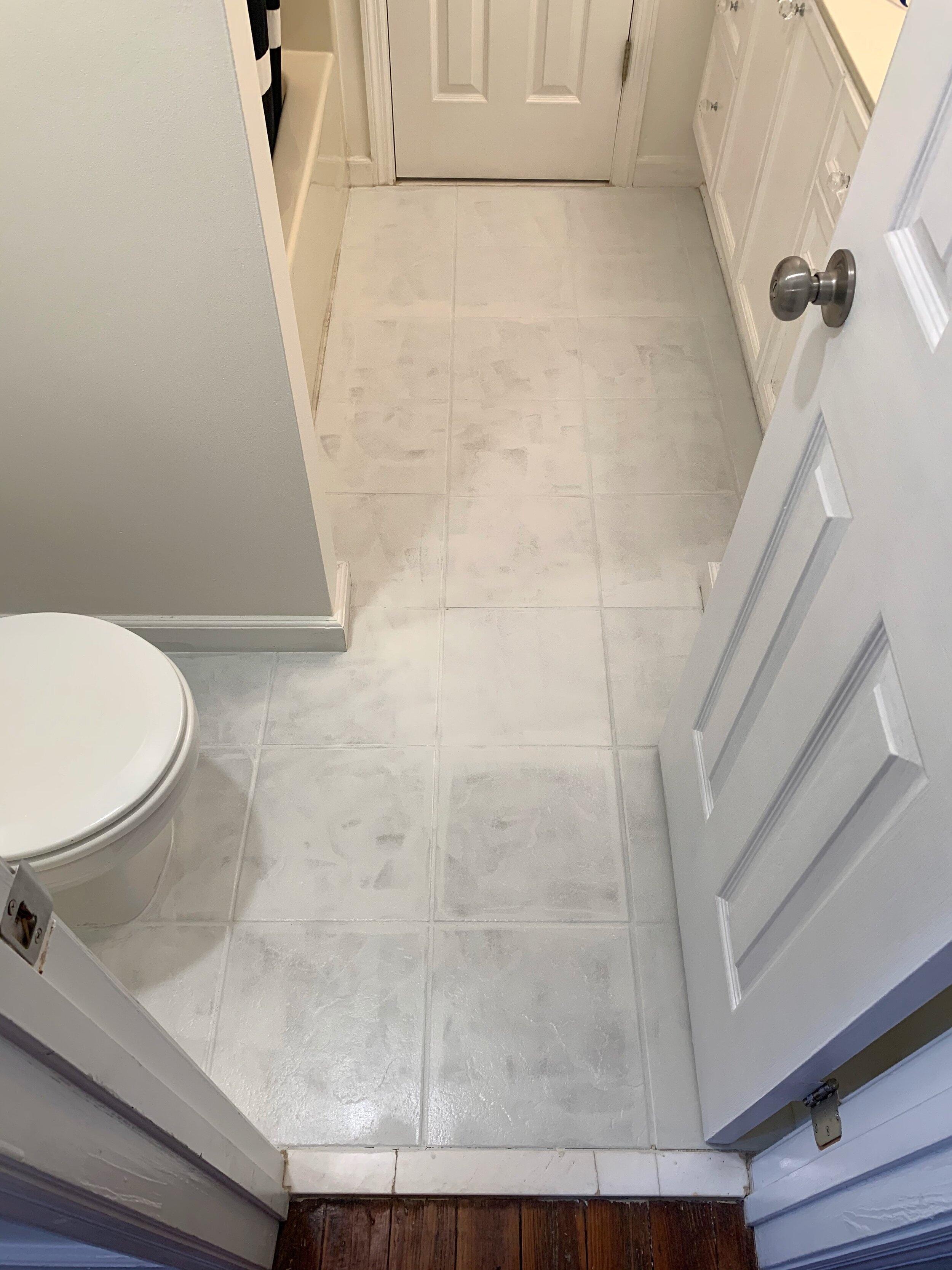 how i painted my tile floor with rust