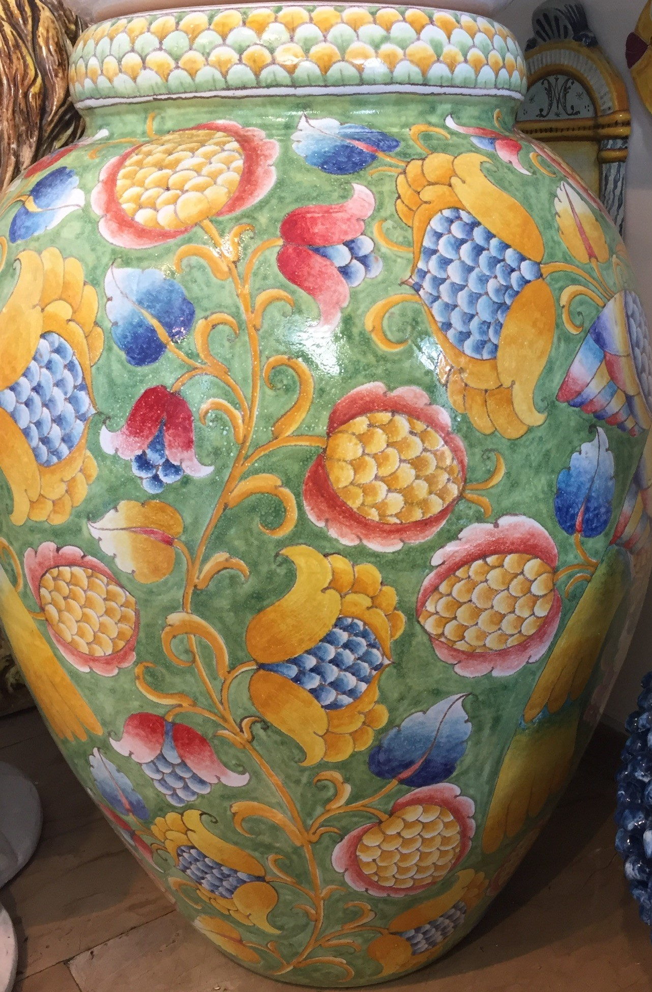 Anche il mondo dello sport e delle associazioni di caserta, si mobilita per il povero luigi: Ceramic Collection Seagull Capri Exclusive Handmade Ceramics