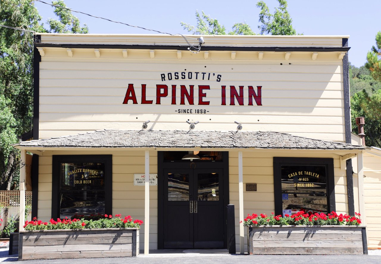 Rossotti's Alpine Inn