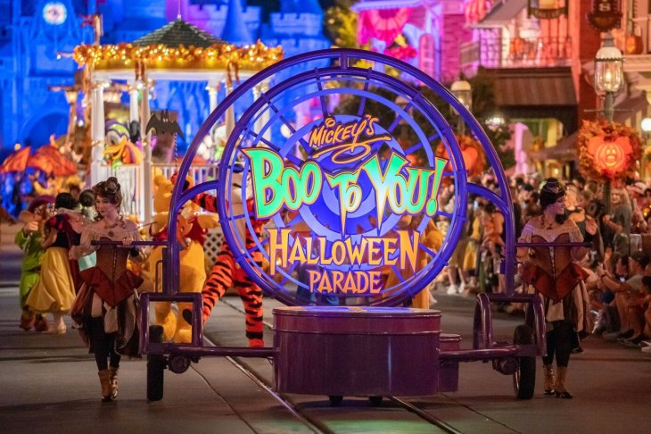 mickeys-not-so-scary-boo-to-you-sign-08162019-1.jpg