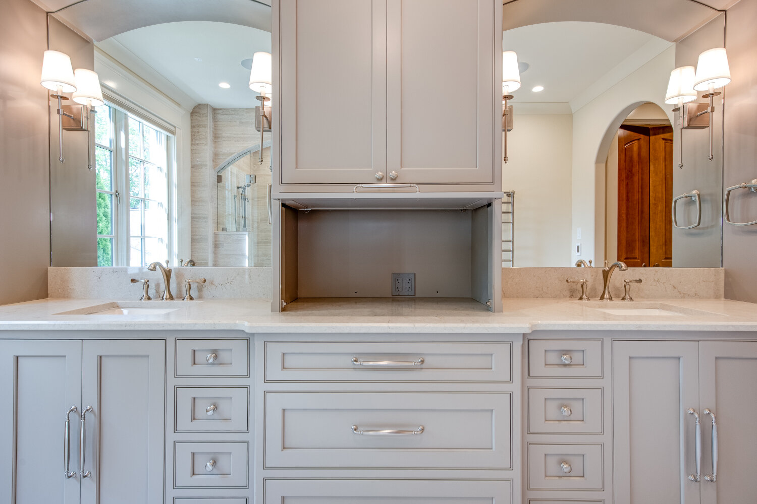 Sherwood Drive Sticks 2 Stones Design Custom Cabinetry In Knoxville Tennessee Custom Kitchen Cabinets Knoxville Cabinet Companies In Knoxville Tn Cabinet Installation Knoxville Tn Kitchen Countertops