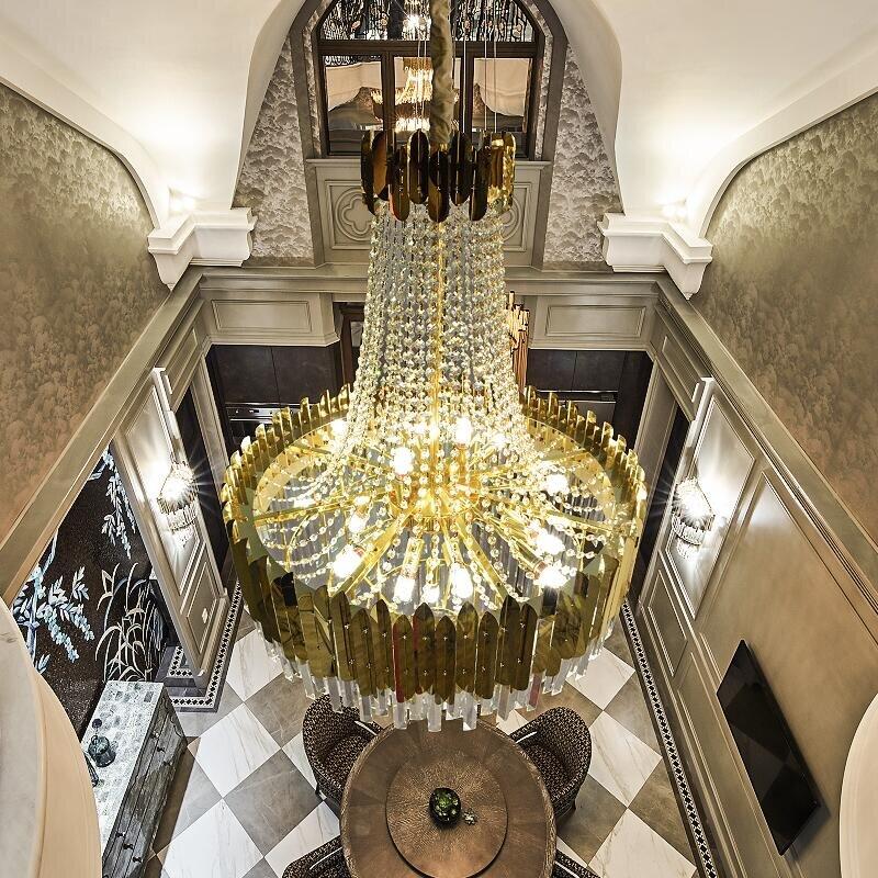 impressive luxury crystal and gold chandelier eleglam