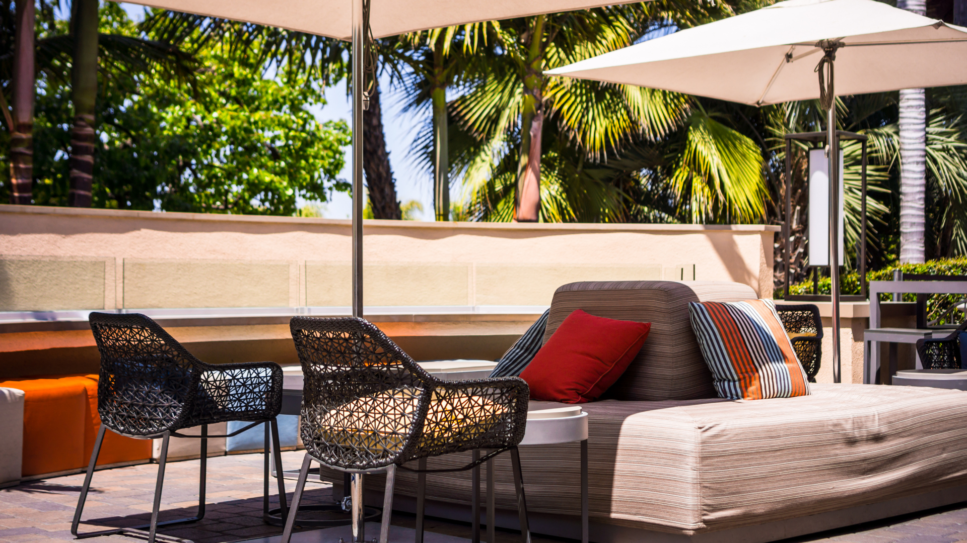 paradise patio furniture cleaning