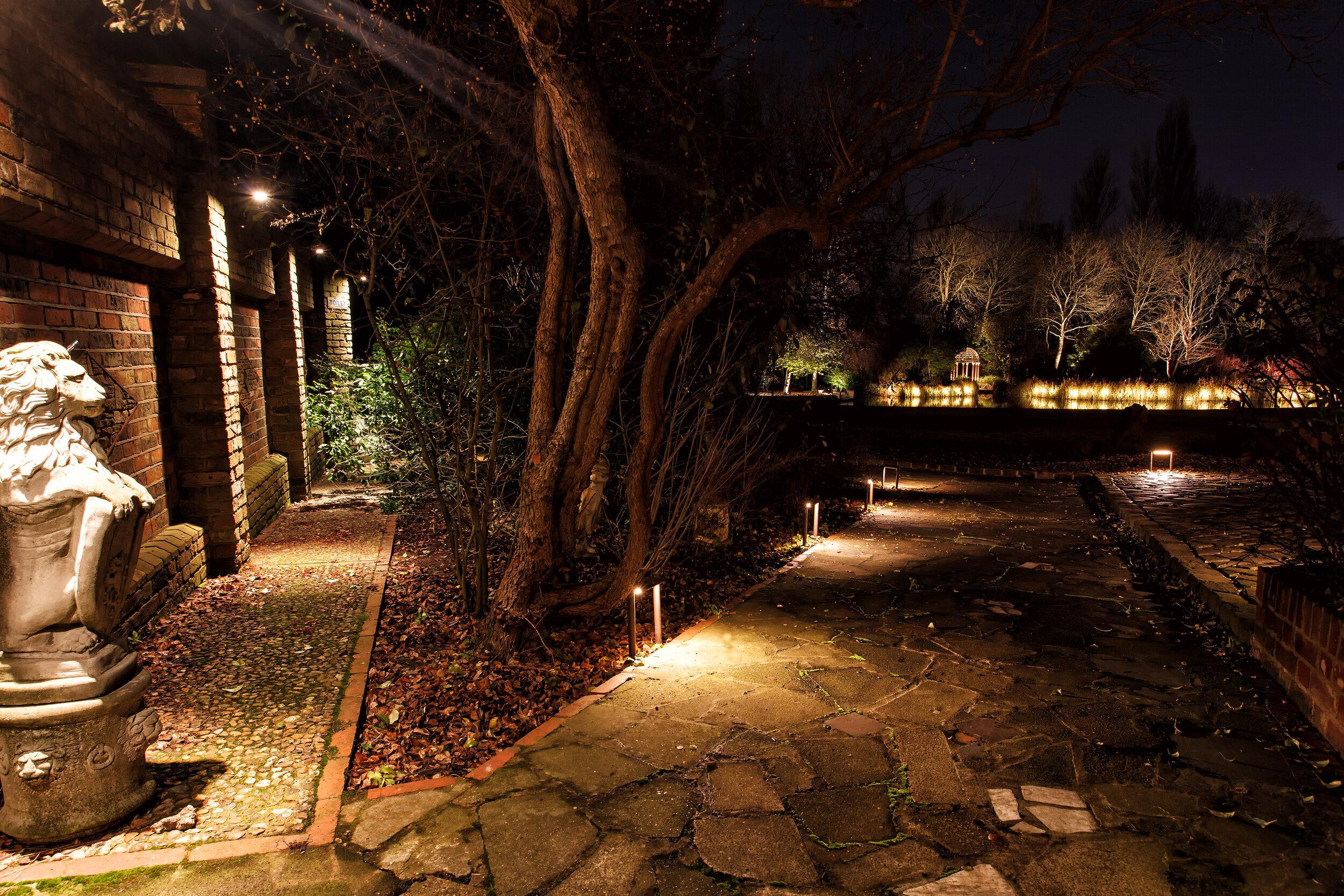 neil parslow landscape lighting design