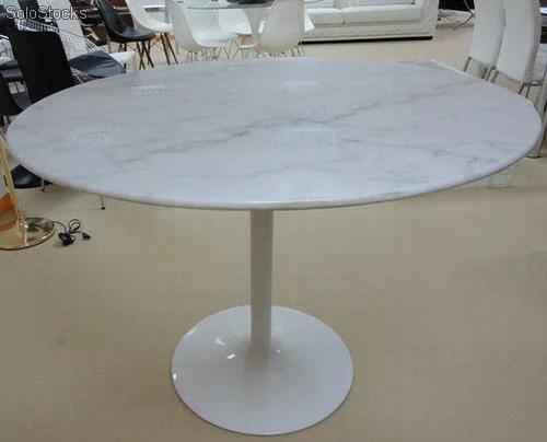 Mesa con tablero de marmol Mod Carma