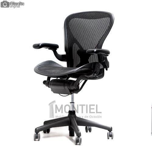 Silla Aeron de Herman Miller con PostureFit