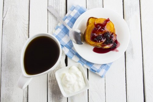 Bildresultat för kaffe med amerikanska pannkakor