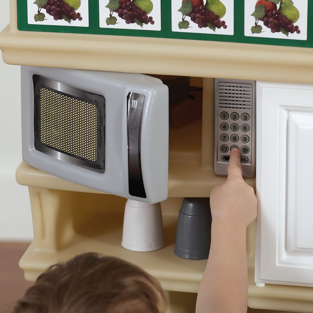 LifeStyle Deluxe Kitchen  Kids Play Kitchen  Step2