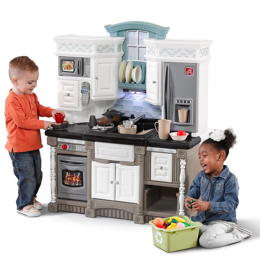 LifeStyle Dream Kitchen  Kids Play Kitchen  Step2