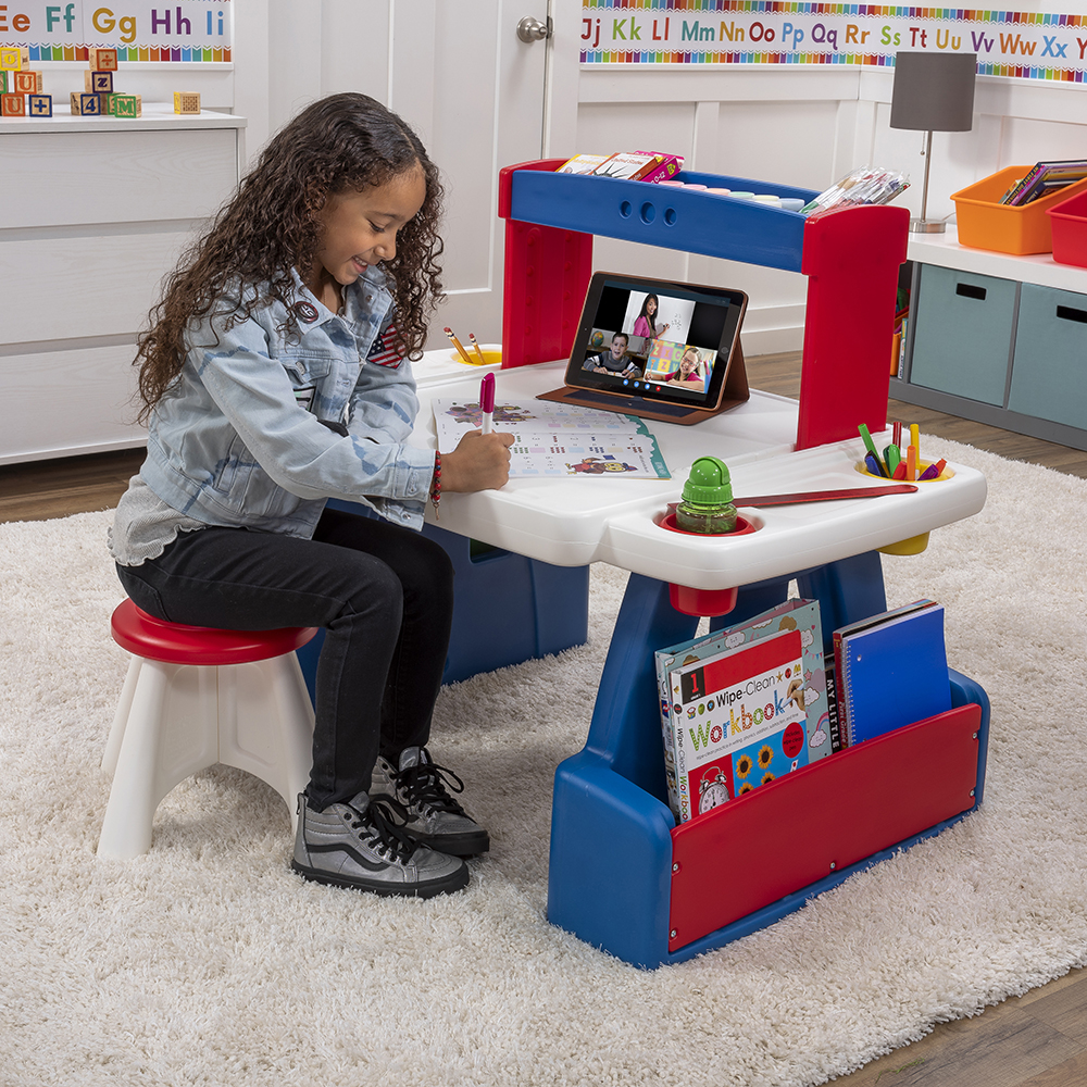 Creative Projects Table  Kids Art Desk  Step2