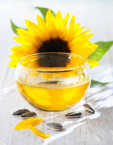 Bí quyết ngừa mụn với tinh dầu hoa hướng dương