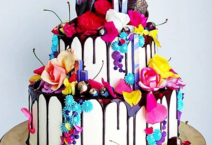 Insane Birthday Cakes You Can Totally Make At Home Stylight Stylight