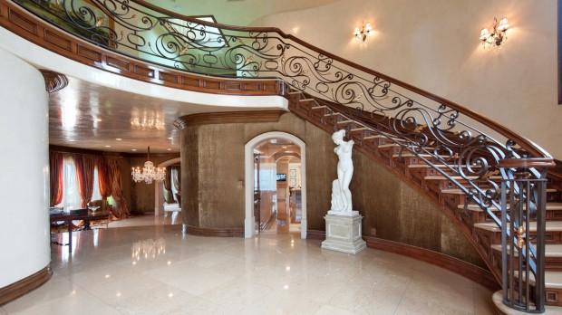 Kobe Bryant House Mansion Home SuccessStory