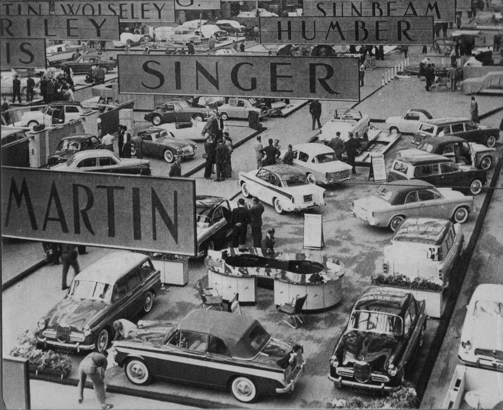 Mondial de lAuto de Paris  en images 70 ans de voitures cultes  Sud Ouestfr