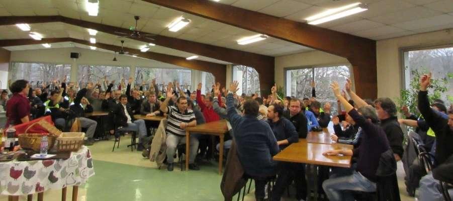 Dordogne : la grève reprend de plus belle aux Papeteries de Condat
