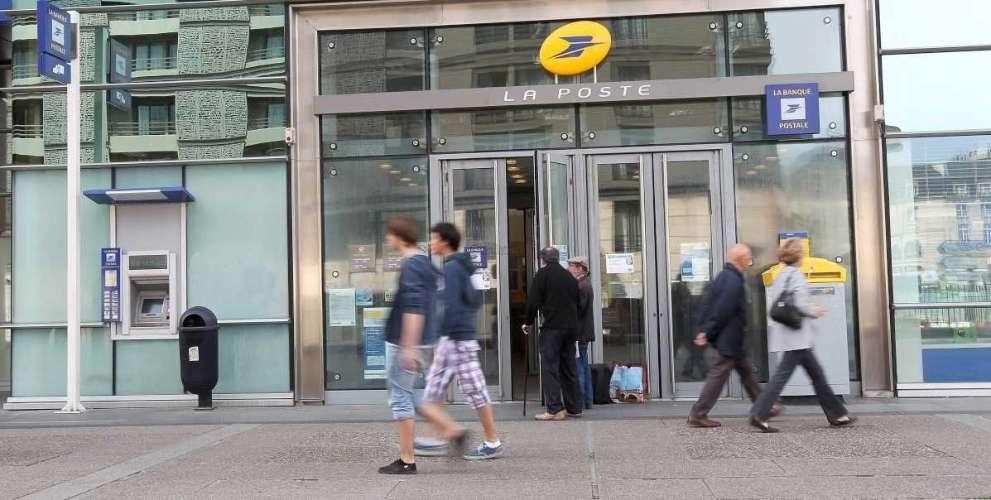 Bordeaux grève dans les bureaux de poste de mériadeck et saint