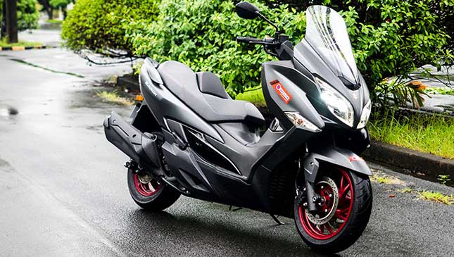 Suzuki Burgman 400cc Review Specs