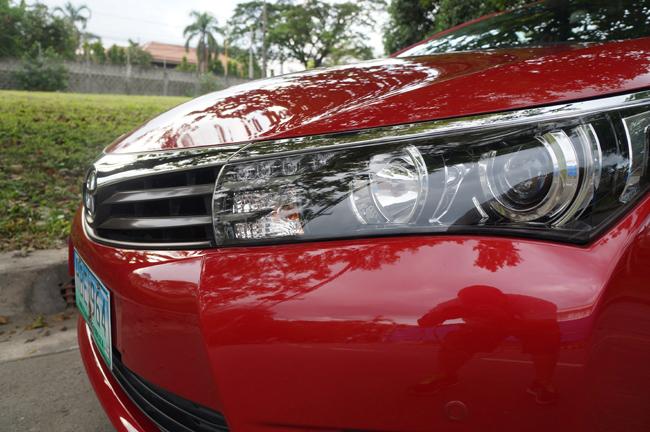 grand new kijang innova v 2015 agya g a/t trd toyota corolla altis 2 0 review specs performance