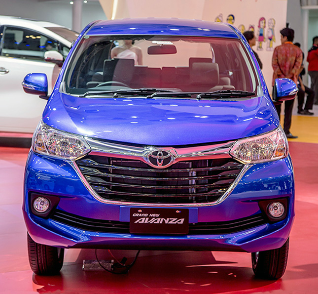 grand new toyota veloz all camry 2012 this is how the avanza looks now