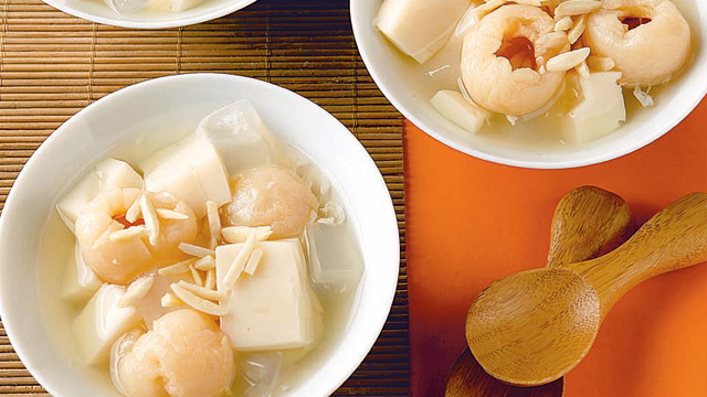 Almond Jelly with Lychees