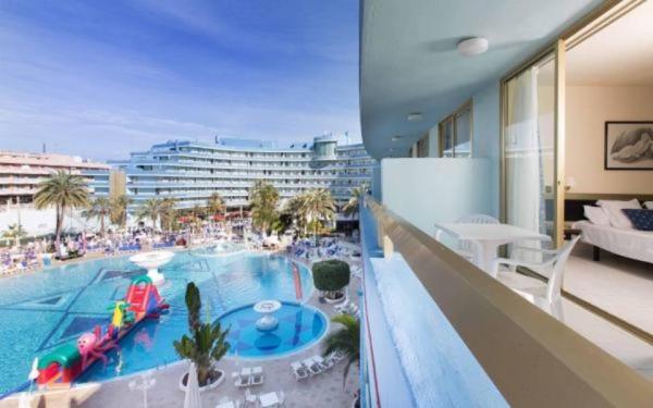 Mediterranean Palace Hotel, Playa de las Americas ...