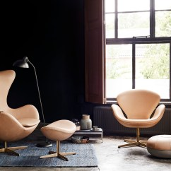 Arne Jacobsen Swan Chair And A Half How S Egg Drop Chairs Got Their Curves The From Fritz Hansen 60th Anniversary Collection