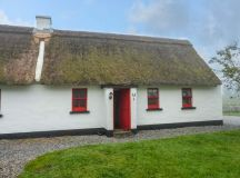 No. 9 Tipperary Thatched Cottages | Puckane, County ...
