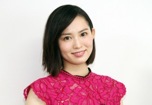 市川由衣さんのヘア画像