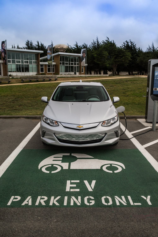 medium resolution of 2016 chevrolet volt level 2 charging station