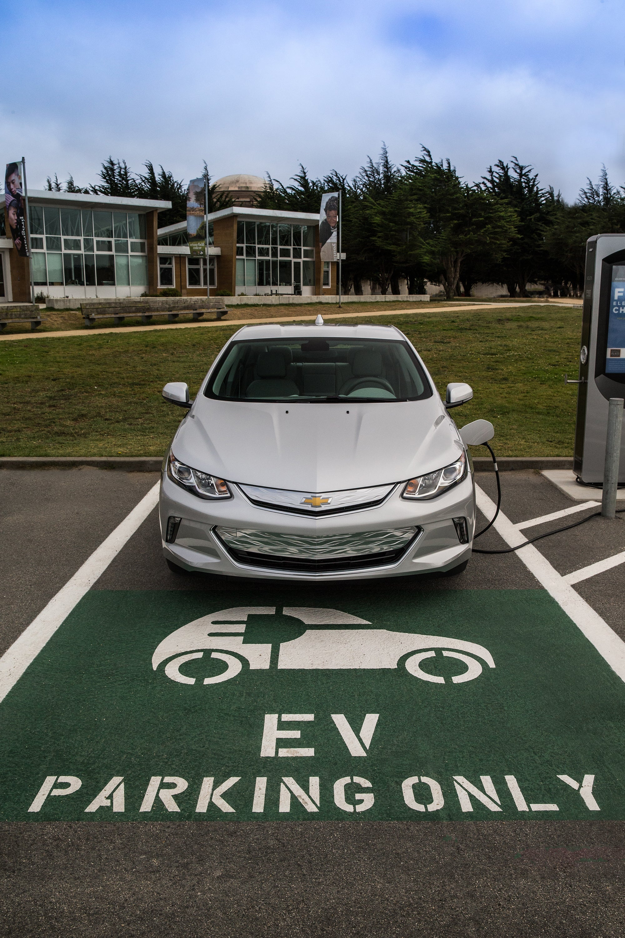 hight resolution of 2016 chevrolet volt level 2 charging station