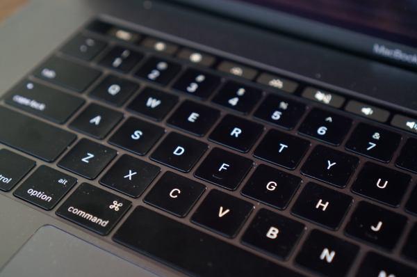 Dell Xps 15 Macbook Pro Specs Performance